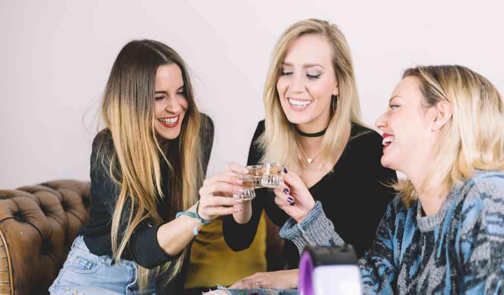 Лечение женского алкоголизма в Глубоком круглосуточно
